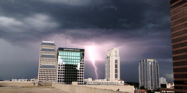 Weather-lightning-orlando